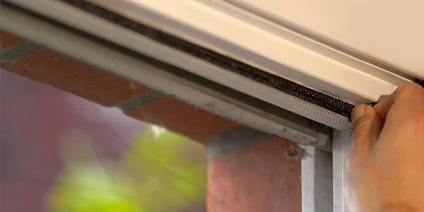 tesa insect stop malla mosquitera negra lavable resistente al sol para todas las medidas de ventanas proteccion contra insectos
