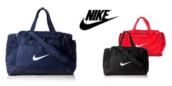 Bolsa de deporte Nike Club Team Swoosh rojo en talla M