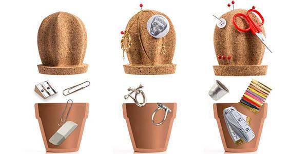 cactus corcho notas objetos escritorio