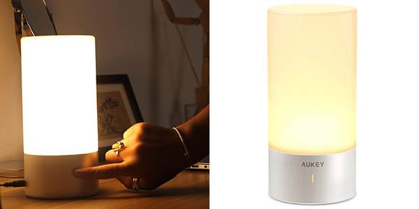 Lámpara de mesa LED AUKEY multicolor con control táctil