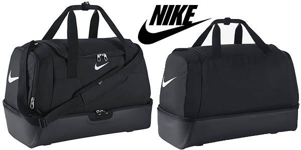 marca famosa gran colección vanguardia de los tiempos Chollo Bolsa de deporte Nike Club Team Swoosh talla L por sólo 22,95€