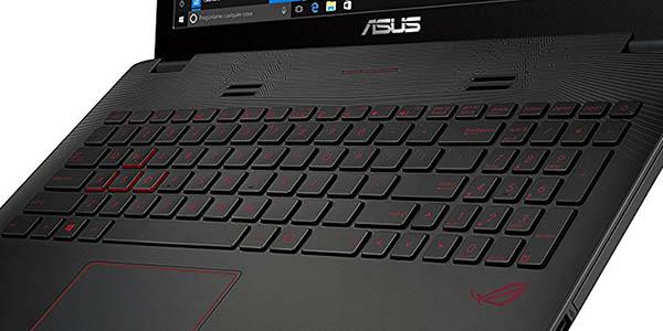 Portátil Asus con teclado retroiluminado