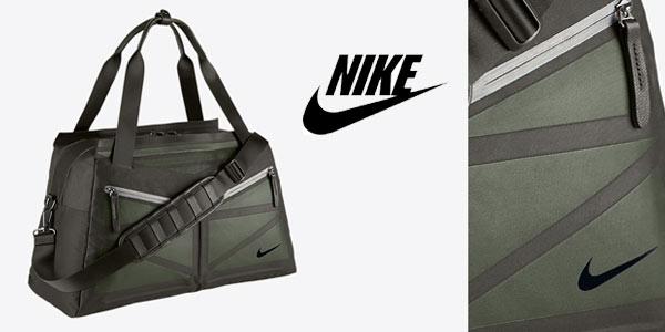 Bolsa de deporte Nike Reverie Club rebajada en la web de NIKE