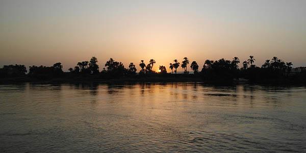 crucero por el Nilo hasta El Cairo Egipto verano 2017