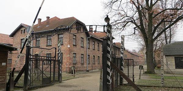 visitar campo de concentración Auschwitz viaje a Polonia