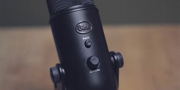 Streamer Bundle Micrófono Blue Yeti