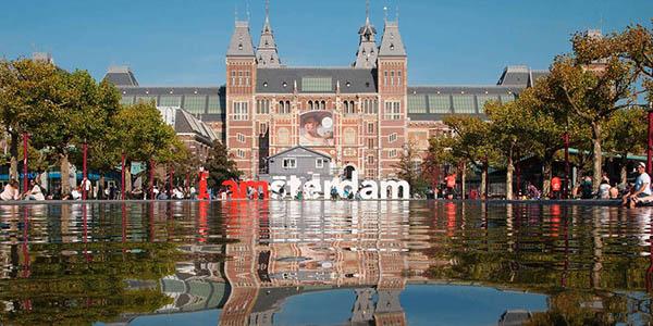 escapada hotel Ámsterdam precio brutal
