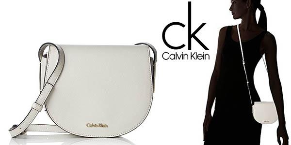 Calvin Klein Frame Saddle Bag tamaño compacto barato