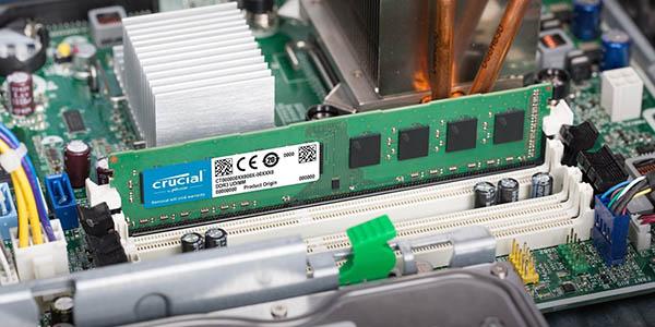 Crucial CT102464BD160B de 8 GB DDR3 en Amazon