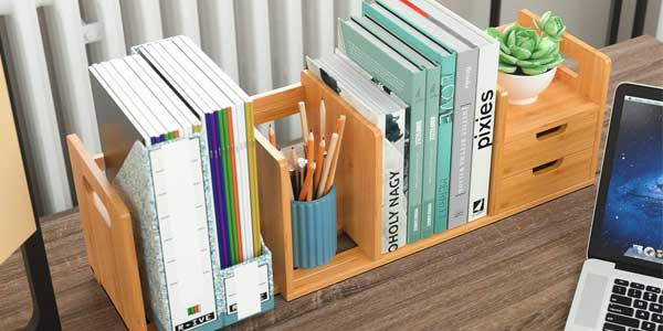 Organizador extensible Homfa de madera de bambú para escritorio barato en Amazon