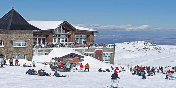 viaje corto a Sierra Nevada con forfait de esquí incluido chollo