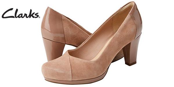 Zapatos de vestir Clarks Chorus Carol en beige para mujer baratos en Amazon