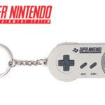 Llavero de goma original Super Nintendo barato en Amazon