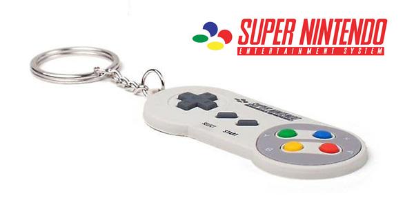 Llavero de goma original Super Nintendo chollazo en Amazon
