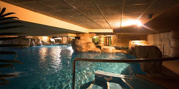 vacaciones en resort turístico en la Costa de Almería oferta julio 2019