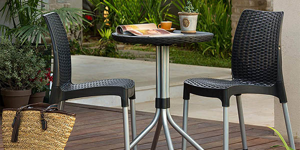 mesa y sillas de exterior Keter Chelsea relación calidad-precio estupenda