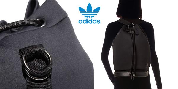 Mochila saco unisex Adidas FAV Seasack de 25 L chollo en Amazon