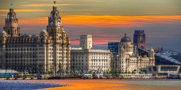 viaje de fin de semana bajo coste a Liverpool en primavera