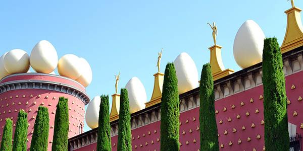 escapada de fin de semana en Figueras con visita al Museo Dalí chollo