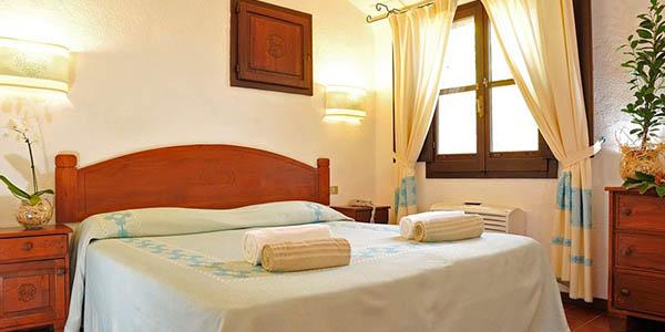 hotel primera categoría Aratax Cerdeña oferta