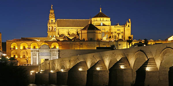 hoteles baratos para visitar Córdoba y su Patrimonio de la Humanidad