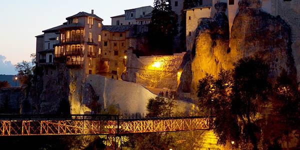 Cuenca Casas colgantes y centro Patrimonio de la Humanidad España