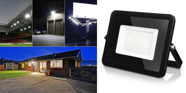Foco Proyector LED LVWIT de 50 W y 4.000 lúmenes barato en Amazon