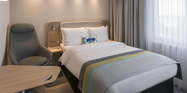 Holiday Inn Centre Cologne alojamiento barato