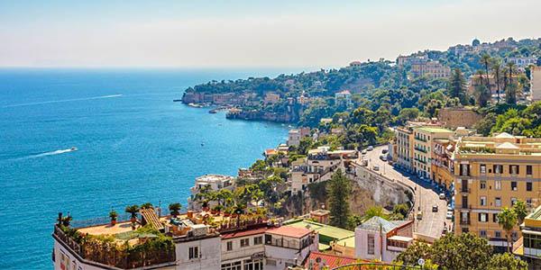 oferta de escapada a Nápoles con alojamiento