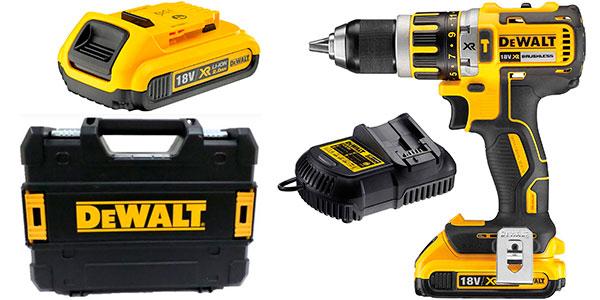 Chollo Taladro percutor DeWalt DCD795D2-QW con 2 baterías y maletín