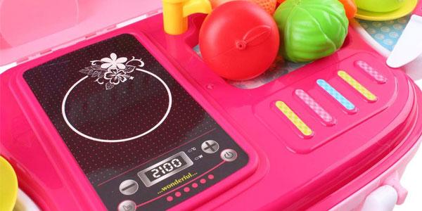 Maletín portátil con accesorios deAO Toys Little Chef Kitchen chollo en Amazon