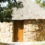 Cuacos de Yuste escapada barata en alojamiento en cabaña celta