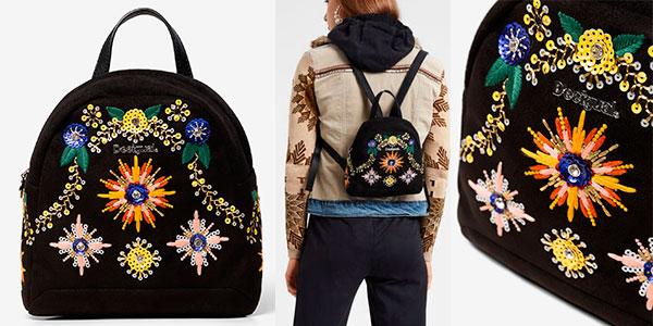 Chollo Mini mochila Desigual de piedras y bordados