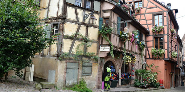 Colmar Alsacia viaje con alojamiento barato