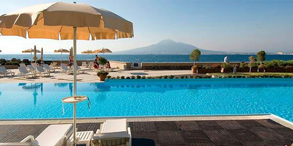 estancia en Nápoles en hotel de primera categoría con spa chollo