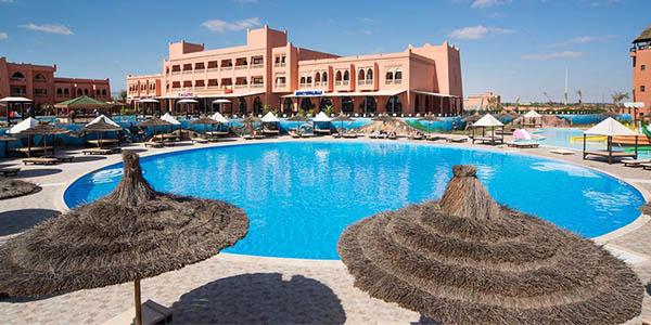 Hotel Aqua Fun Club oferta estancia en familia