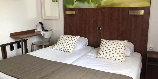Hotel Arc en Ciel alojamiento en Colmar pueblo de La Bella y la Bestia oferta