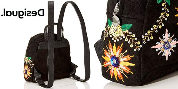 Mini mochila Desigual de piedras y bordados en oferta