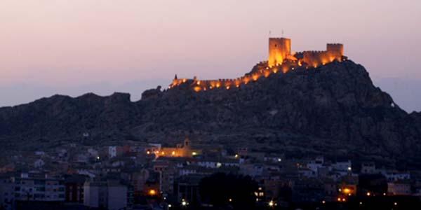 Sax y pueblos con encanto de Alicante ruta barata