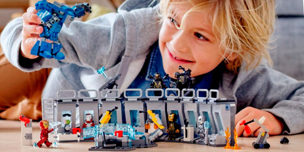 Set Iron Man: Sala de Armaduras de LEGO Super Heroes con 6 minifiguras barato