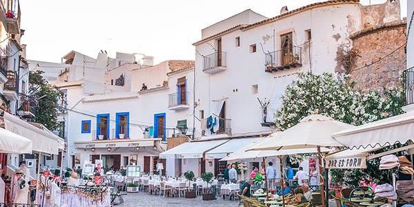 vacaciones a Ibiza chollo alojamiento con media pensión