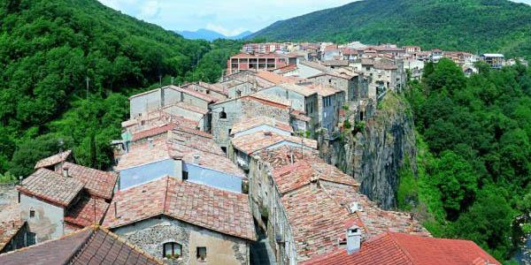 alojamientos baratos en Castellfollit de la Roca en la Garrotxa
