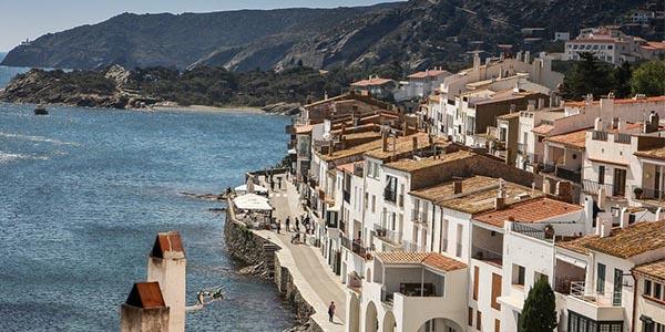 Cadaqués pueblo bonito de España según seguidores Ofertitas