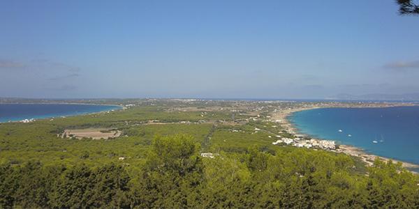Mirador de Formentera en Baleares lugar recomendado para visitar en España