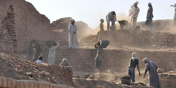 trabajadores pirámides Egipto