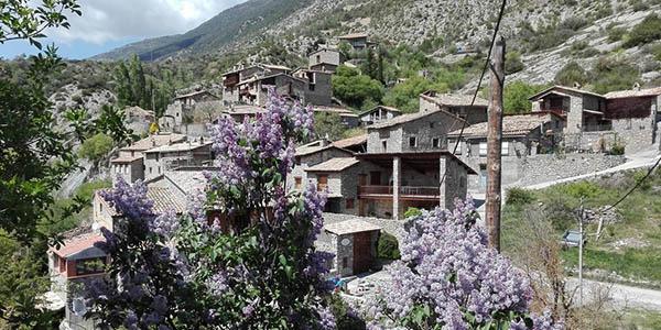 casas rurales para grupos de 10 personas en España baratas