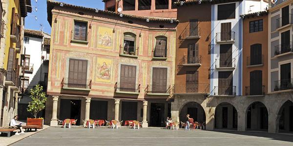 Graus Huesca escapada desconexión con alojamientos baratos