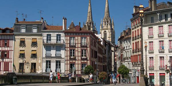 Escapada barata a Bayona en Francia con apartamentos
