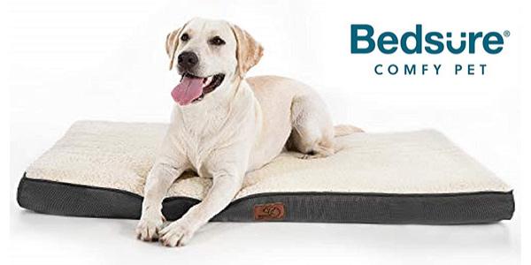 Cama para perro Bedsure de espuma ortopédica con funda lavable barata en Amazon