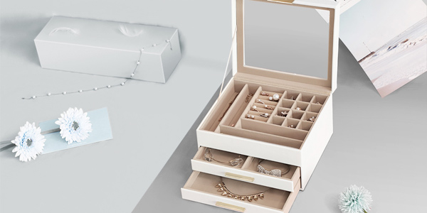 Caja de joyas Songmics con tapa de cristal oferta en Amazon